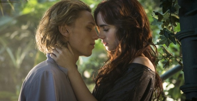 Jace-and-Clary-Kiss-feature-665x341