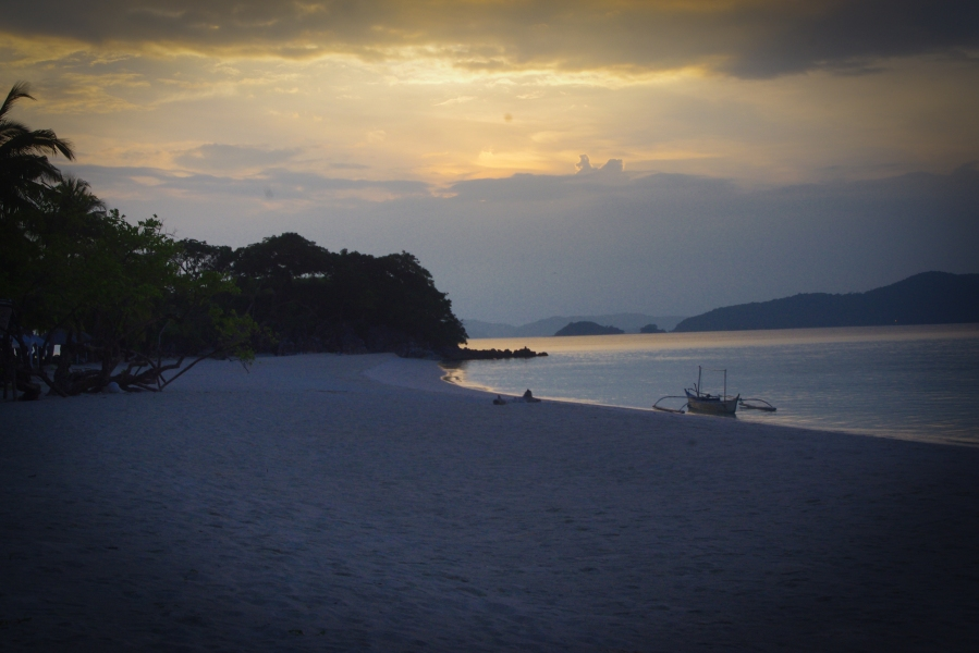 SUNSET AT MALCAPUYA. A pristine white beach all to ourselves at the end of the day. What could spell paradise more clearly? (Sheryl Ascano)