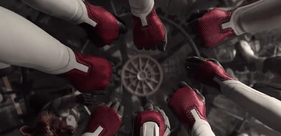 avengers-endgame-fist