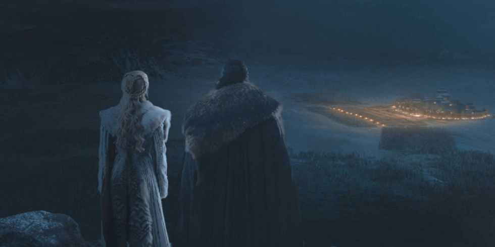jon-and-dany-watch-the-battle-from-afar